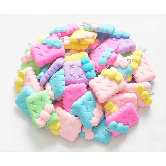 100PCS BISCUITS CHARMS 1446