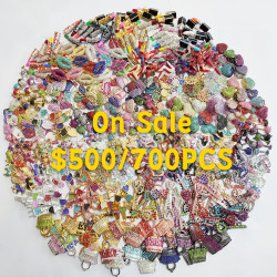 700PCS MIXED COLORFUL CHARMS-ON SALE