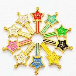 10PCS KEY CHARMS gold 2250
