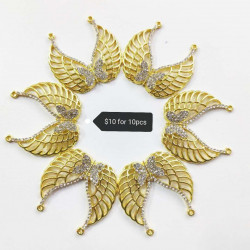 10PCS  BUTTERFLY  CHARMS-Gold